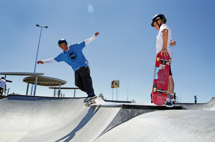 Dylan Reece (Freestyle Now) and Lachy Berg (y8). Photo: Martin Kennealey