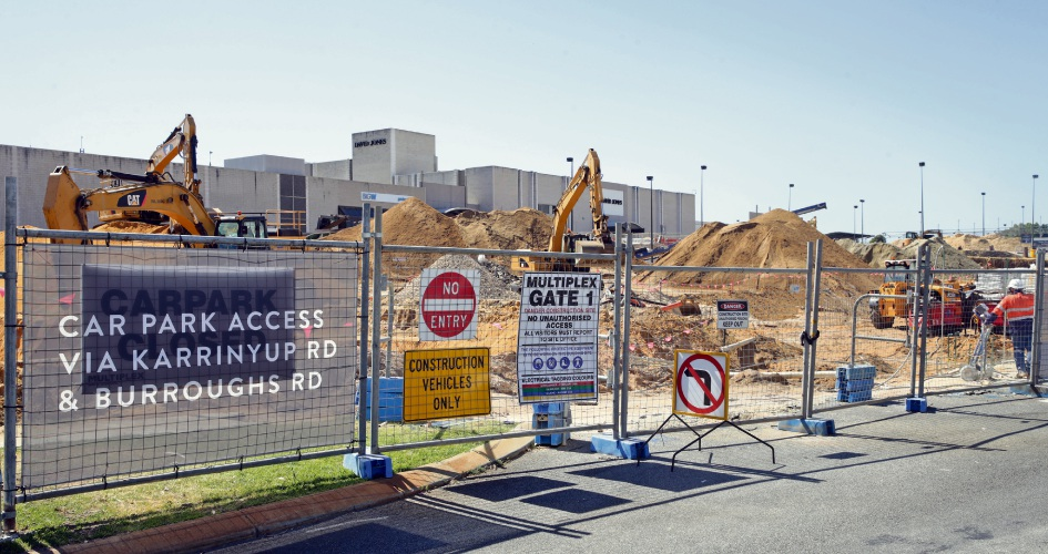 Construction underway at Karrinyup Shopping Centre. Photo: Martin Kennealey. d489239