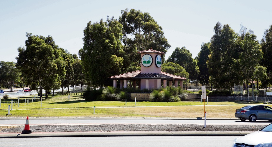 Main Roads says a gazebo in Tapping will remain after residents objected to its removal. Photo: Martin Kennealey