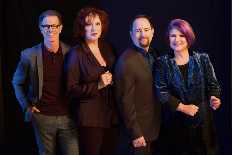 Alan Paul (left) with The Manhattan Transfer.