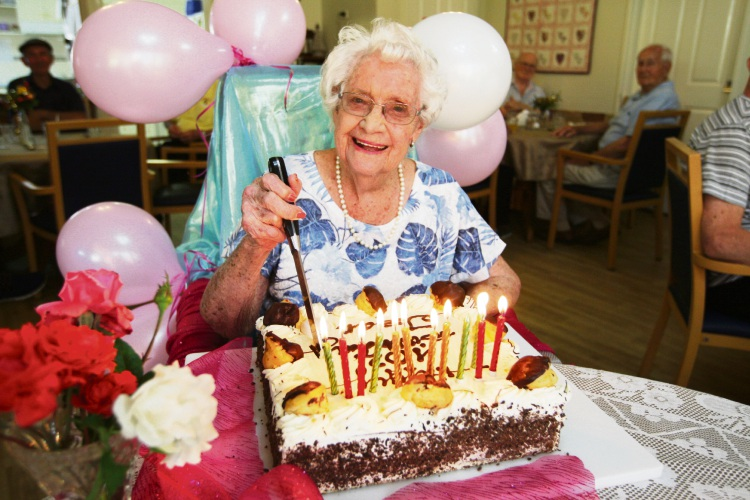 Fremantle resident Jean Waters celebrates her 102nd birthday. Picture: Bruce Hunt