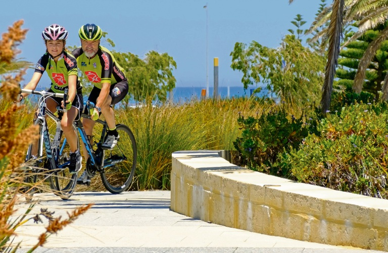 Angelina and Chris Howard, of Northern Beaches Cycling Club. Picture: Peter Walpole