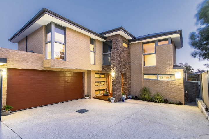 8A Park Street, Trigg – Offers around $999,000