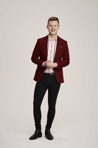Comedian Joel Creasey will return as team captain in Show me the Movie