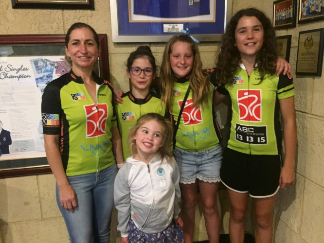 MBCC raffle ticket sellers Melinda Dring, Clara Blanco Perez, Elizabeth Seymour, Angelina Howard and (front) Emma Saw raised more than $700 from Quinns Rocks Sports Club patrons.