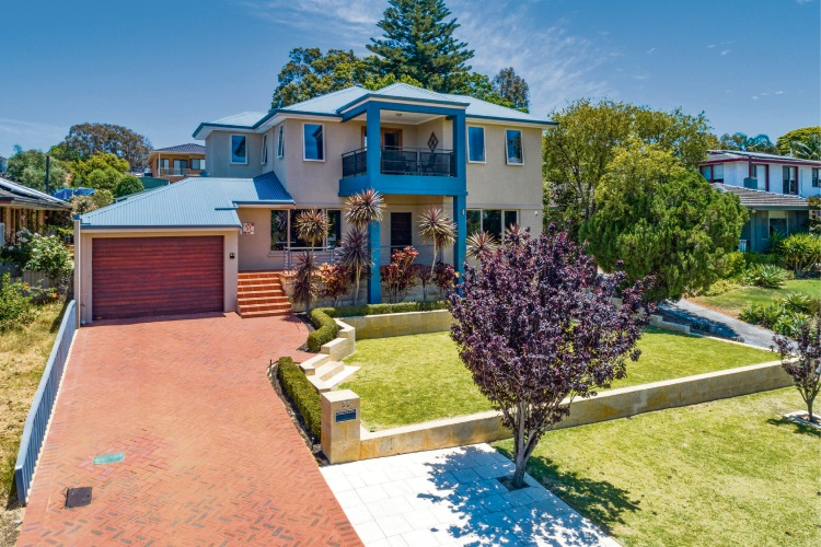 33 Carrick Street, Woodlands – Auction: February 9 at 11am