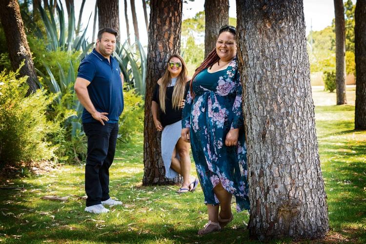 Pictured (L-R) Phil Walleystack, Natasha Eldridge, Delta Oui Picture: Will Russell www.communitypix.com.au   d490101