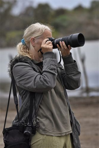 A free walk is being held by the Mundaring Camera Club for beginners.
