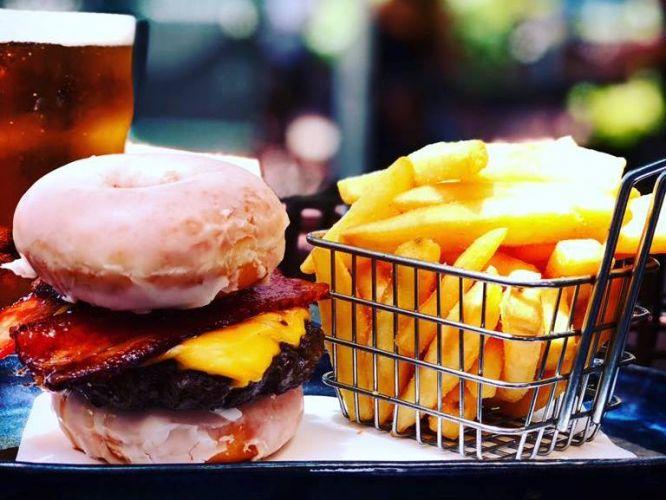The Krispy Kreme Wagyu burger. Photo: Kalamunda Hotel/Facebook