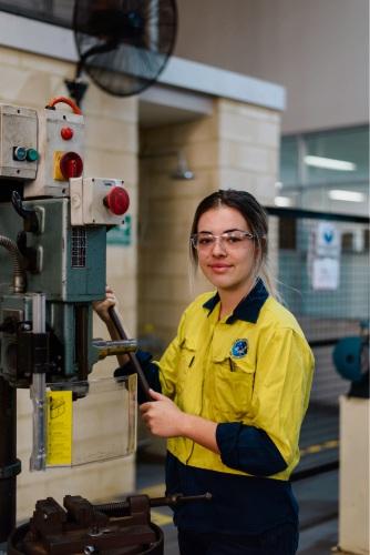 Tough competition for Alcoa apprenticeship program