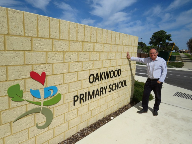 David Templeman at Oakwood Primary School.