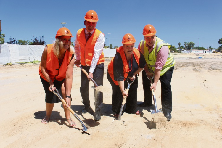 Left to right: Southern River College principal Everal Miocevich, premier Mark McGowan, Education and Training minister Sue Ellery and Southern River MLA Terry Healy.