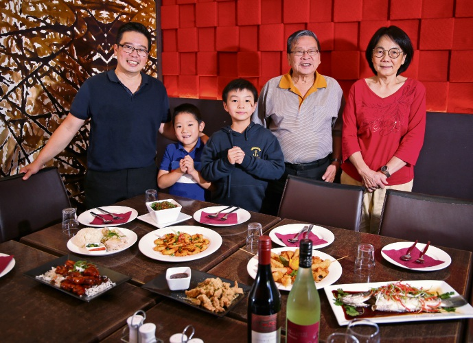 Boon Tian, Bradley Tian (7), Kaeden Tian (8), David Tian and Jui Tian will celebrate Chinese New Year at Chatter. Picture: David Baylis www.communitypix.com.au d490314