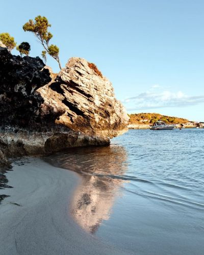 Radio station 6PR shared the photo taken by Denise Rix on Rottnest at the weekend.
