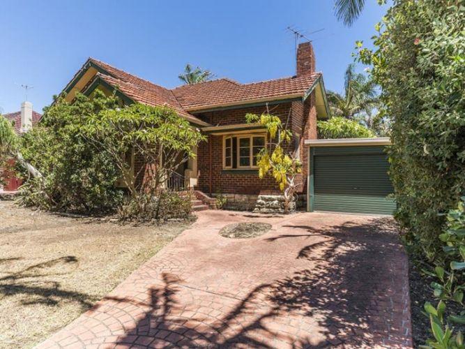 Video for 'renovate or detonate' Daglish home leads to quick sale