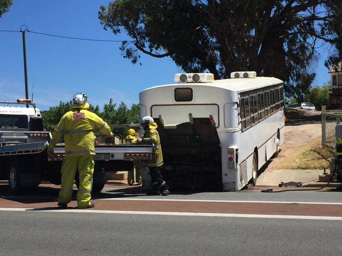 Bus bottoms out on Mandurah Terrace