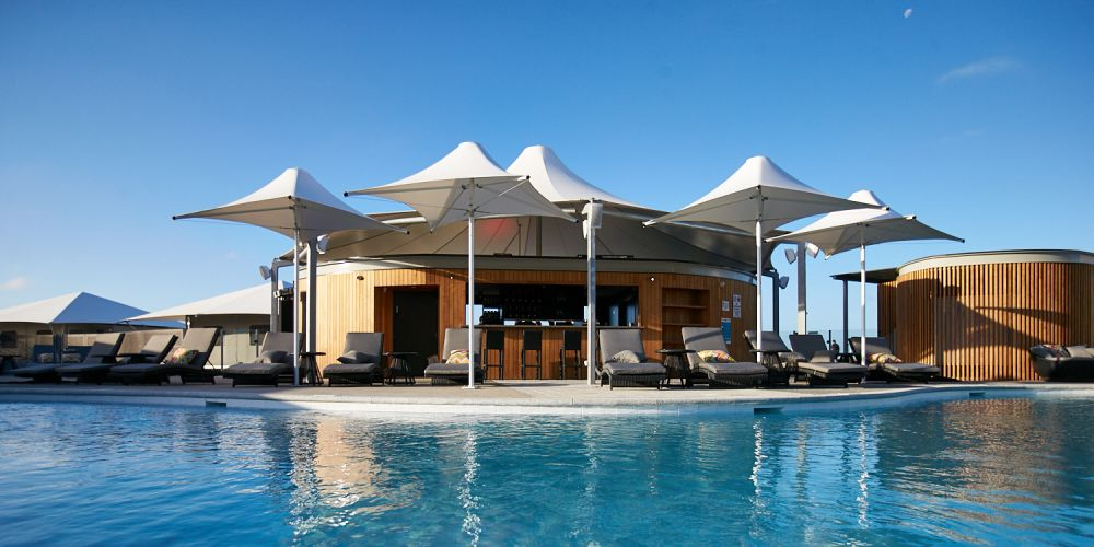 The Pinky's Beach Club pool bar.