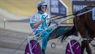 Pinjarra Pacing Cup to fundraise for Team Teal