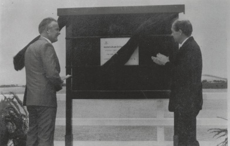 Transport Minister Gavan Troy and WA Premier Brian Burke open the Mandurah Estuary Bridge in 1986.