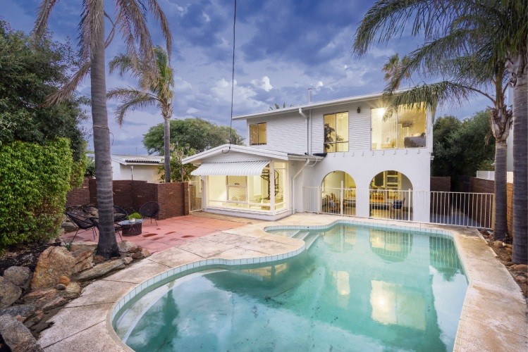 13 Karrinyup Road, Trigg – Offers by February 27