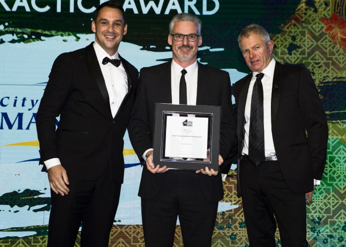 Michael Bartier from BGC Residential, City of Mandurah director of sustainable communities Tony Free and chief awards judge Robert Shaw.