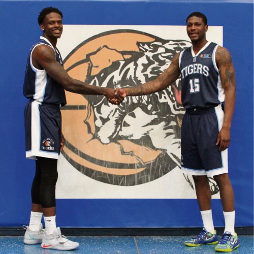 Willetton Tigers recruits (L-R) Marcanvis Hymon and Mo Barrow. Photo: June Halliday