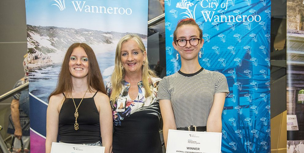 Wanneroo Mayor Tracey Roberts with Northern Perspectives 2019 award winners Abi Venables-Morris (Wanneroo Secondary College) and Robyn Bennett (Mindarie Senior College).