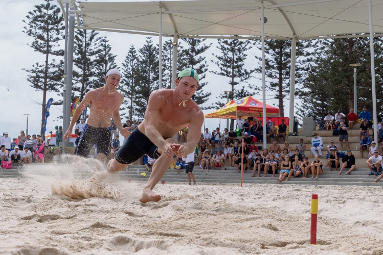 Jackson Symonds from Sorrento SLSC takes out gold in the open beach flags. Picture: Andrew Mayberry