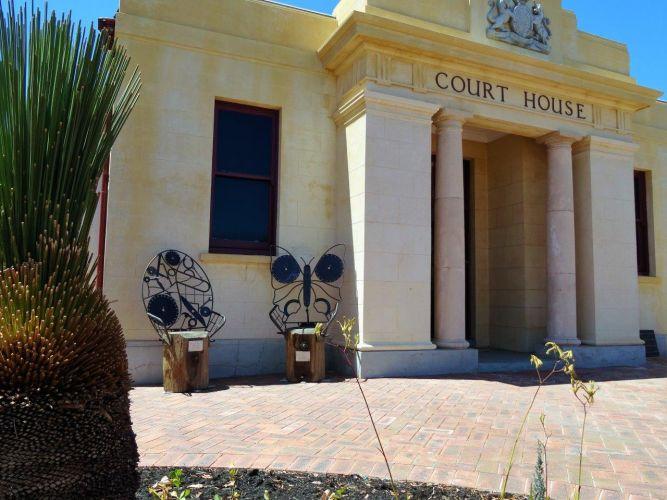Pinjarra Court House.