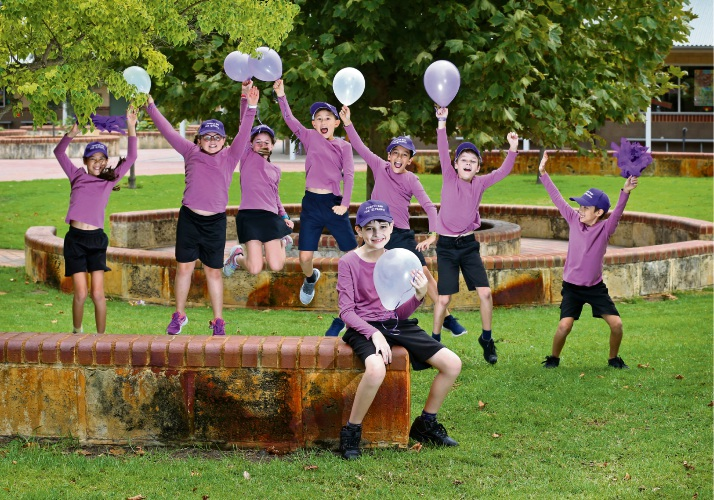 Sara McGirr, Lilliana Shaw, Eiriann Evans, Jethro Butler, Jaxon Milani, Connor McIlhatton and Caleb Giang will join Joshua Reeve (front) in the Walk 4 Epilepsy later this month. Picture: David Baylis