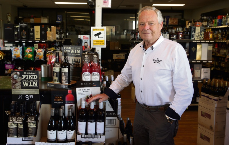 Kingsway Bar and Bistro owner Ron Emery. Picture: Martin Kennealey d491580