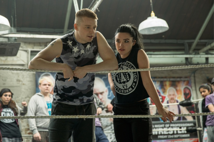 Jack Lowden as Zak and Florence Pugh as Paige in Fighting with My Family.