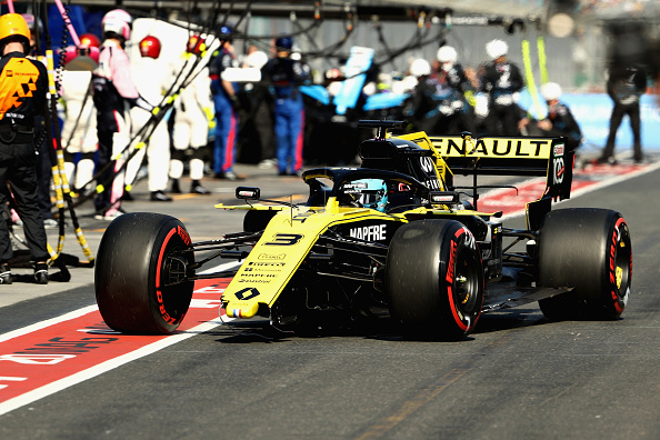 Daniel Ricciardo in his Renault Sport Formula One Team RS19 comes into the pits to replace a broken front wing during the F1 Grand Prix at Melbourne Grand Prix Circuit. Picture: Getty Images