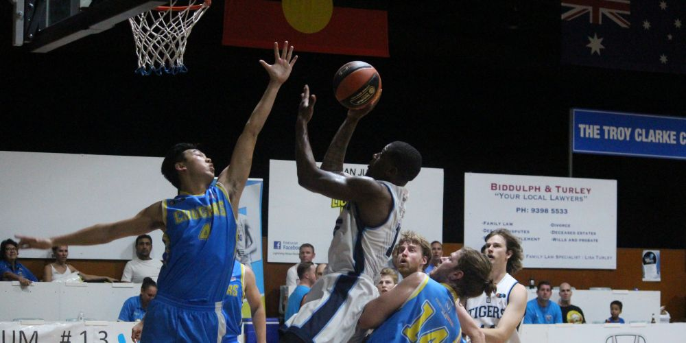 Mo Barrow was dominant in the paint for the Tigers' men's side. Photo: Jessica Nico.