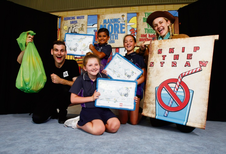 Nick James and Kate Yaxley from National Theatre for Children with John Butler Primary College students Sanar Badhan (8), Sidney-Lee Laghton (9, front) and Georgie Glover (11).  Picture: Marie Nirme www.communitypix.com.au d491816