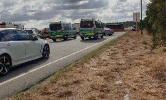 The crash scene. Picture: 6PR
