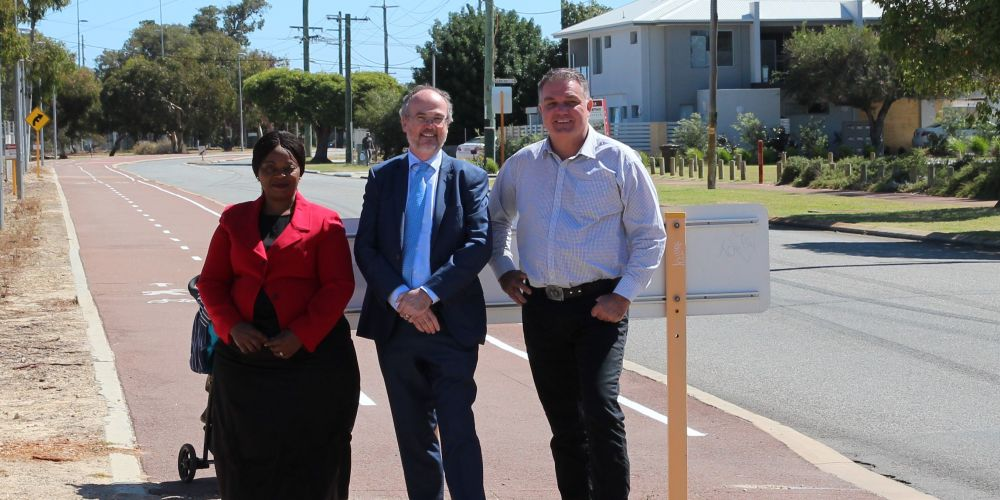 Local resident Anne Marie Kanyuka with Cannington MLA Bill Johnston and Gosnells Mayor Glenn Dewhurst at the site of the proposed Railway Parade bike path.