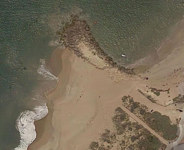 Rocks at Silver Sands beach. Photo from Google Maps.