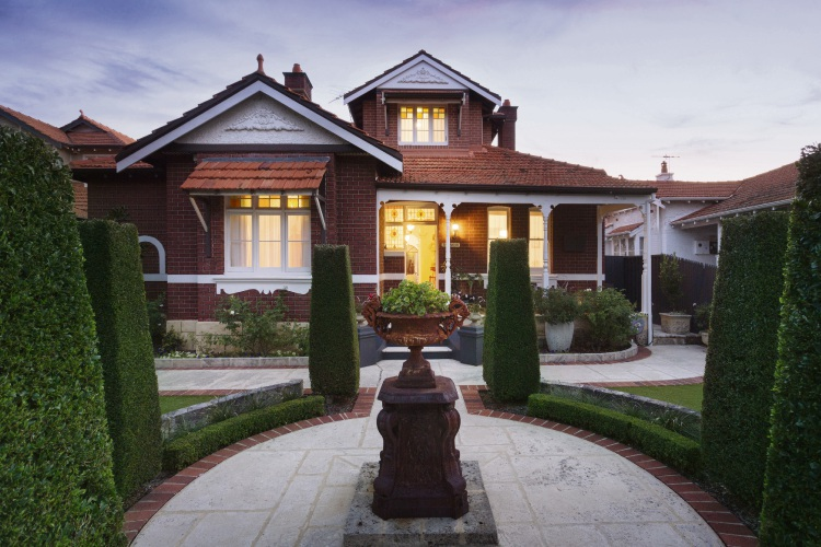 27 Rookwood Street, Mt Lawley – $1.788 million – $1.888 million
