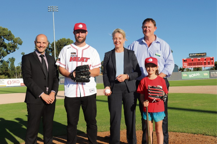 (L-R) Perth Heat chief executive Steven Nelkovski, Perth Heat pitcher and WA Women's State team pitching coach Daniel Schmidt, Federal Minister for Sport Bridget McKenzie, Nationals Senate Candidate Nick Fardell and junior baseball player Chloe Willis.