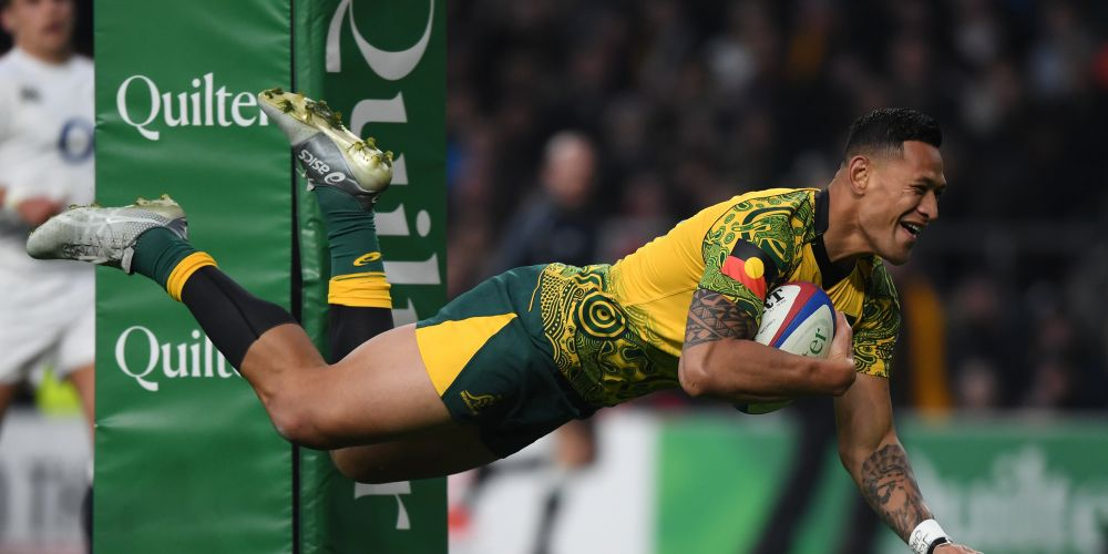 LONDON, ENGLAND - NOVEMBER 24:  Israel Folau of Australia scores a try during the Quilter International match between England and Australia at Twickenham Stadium on November 24, 2018 in London, United Kingdom. (Photo by Shaun Botterill/Getty Images)