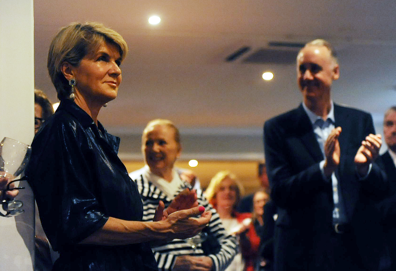 Emotional Julie Bishop hands over Liberal reigns in Curtin