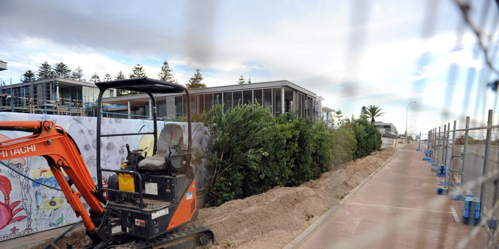 Cottesloe will fight Twiggy's tradies blocking seaside parking