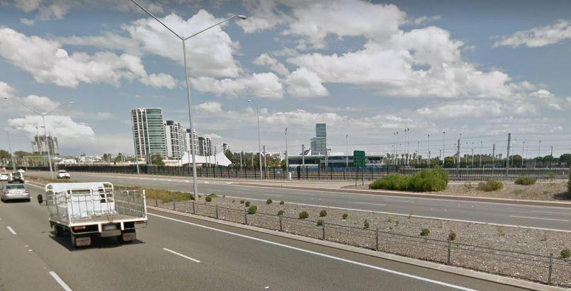 Man terrifies motorists in Burswood