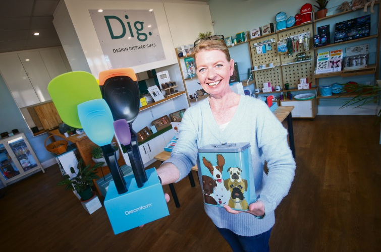 Dig owner Claire Franklyn-Jones opened a gift store in Butler. Picture: Matt Jelonek www.communitynews.com.au d493076