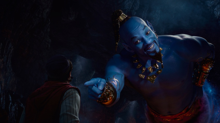 Aladdin (Mena Massoud) and Genie (Will Smith).