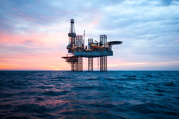 Santos and Carnarvon Petroleum say an exploration well has found the Dorado oil and gas reservoir off the coast of WA is even larger than they thought.