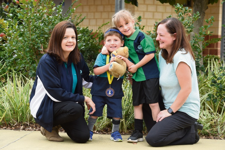 Emma Leonard (Success PS Ed. Support Teacher), Tamara Dlugi with Aidan (PrePrimary) & sister Amelia (Year 2). Photo: Jon Hewson. d493657 communitypix.com.au.