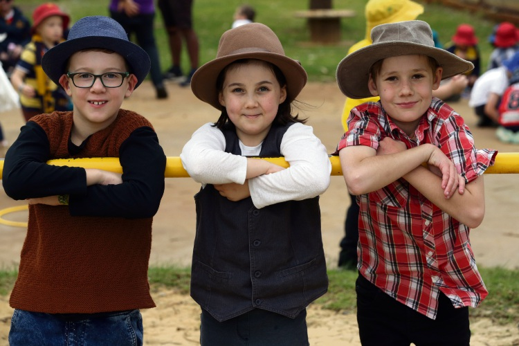 Joondalup Year 3 students Christian, Alice and Ethan celebrate WA Day. Pictures: Martin Kenneley d493770