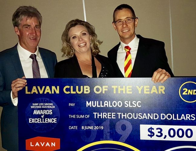 Mullaloo SLSC directors Craig Bull and Vicki Rasmussen and president Alistair Cook with their club of the year runner-up prize. Picture: Glynne Bartle